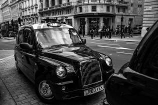 Zwarte taxi in Londen