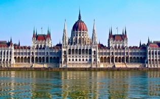 Stedentrip Boedapest - Parlementsgebouw Hongarije