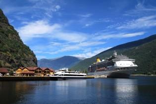 Flåm Fjorden, boot, fjordencruise, Noorwegen