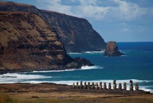 Paaseiland kliffen, Moai, beelden, natuur, Chili