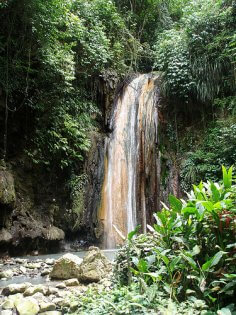Diamond Falls Saint Lucia