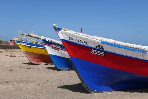 Vissersbootjes Sao Vicente